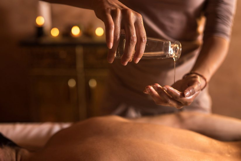 How Does A Massage Works On Recovering Fracture Injuries?